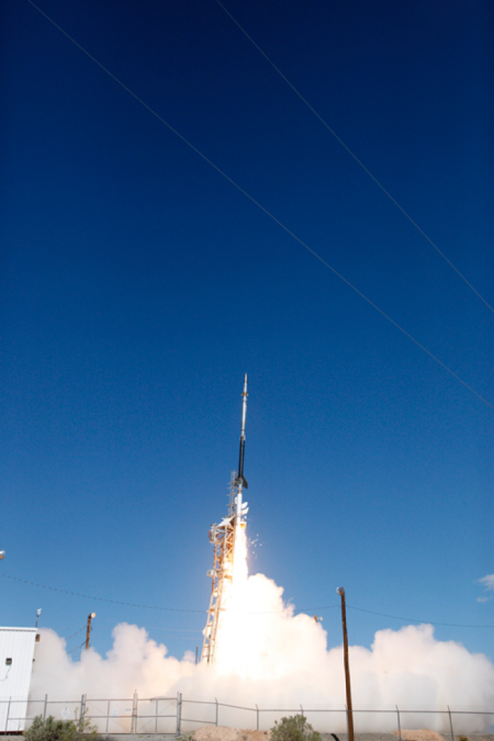 Photo : CLASP2 Sounding Rocket launch.