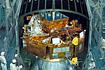 H-II-3号機のフェアリングに組み込まれたSFU(宇宙開発事業団種子島宇宙センター)