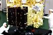 「はるか/MUSES-B」太陽電池パドルチェック(相模原/宇宙科学研究所)