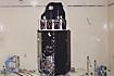 音響試験中のASTRO-E(宇宙開発事業団筑波宇宙センター)