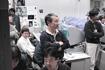 「はやぶさ」管制室の川口プロマネ(相模原/JAXA宇宙科学研究本部)